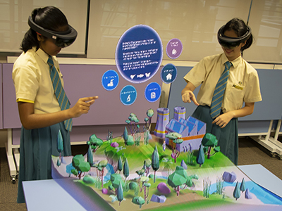School Mixed Reality HoloLens