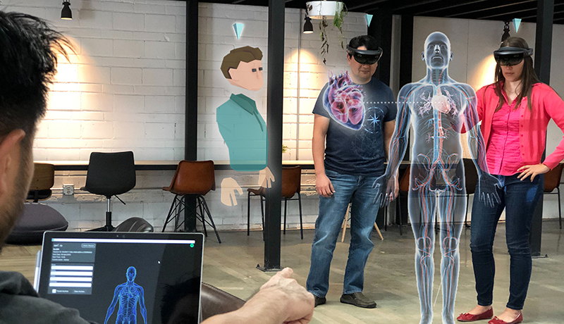 Manage collaboration Mixed reality sessions education